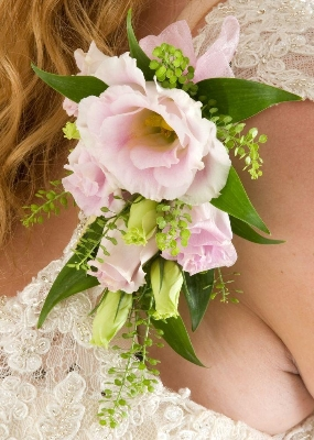 Pretty in Pink Rose Corsage